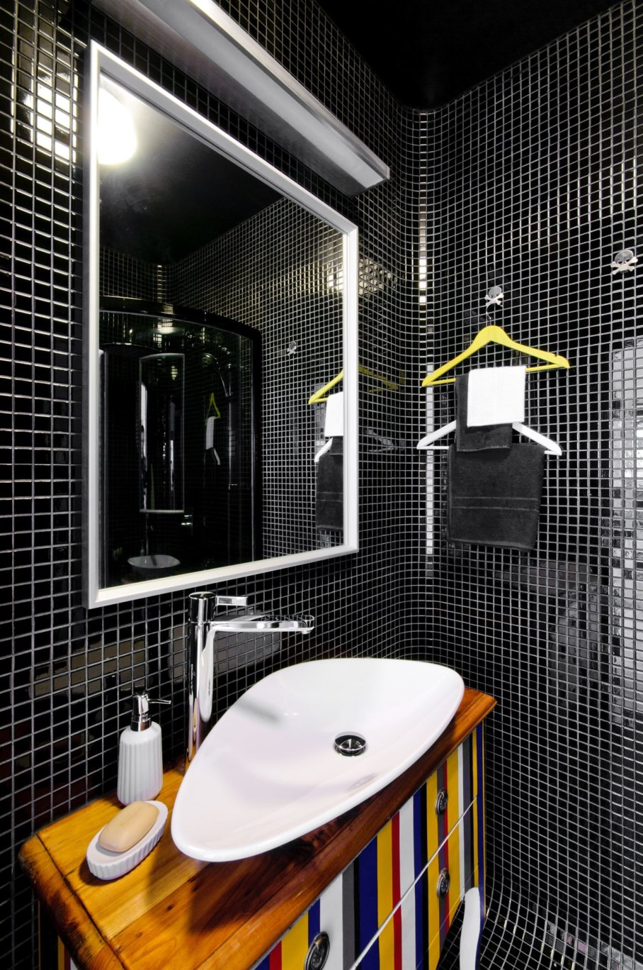 Bright and stylish interior of the apartment in Warsaw - Bathroom 3