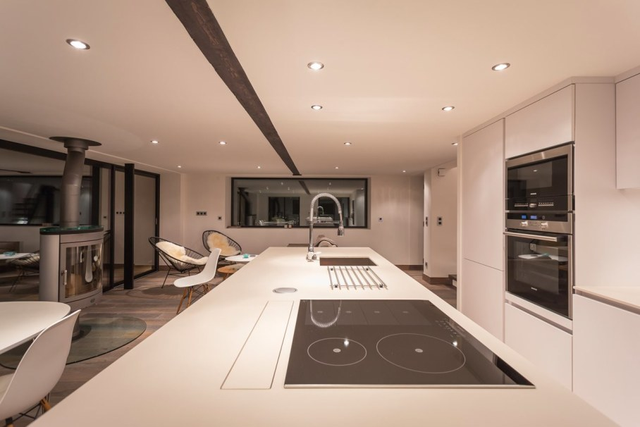 Dag Chalet In France - Kitchen