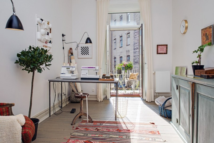 Home office in Scandinavian style - Attention to details