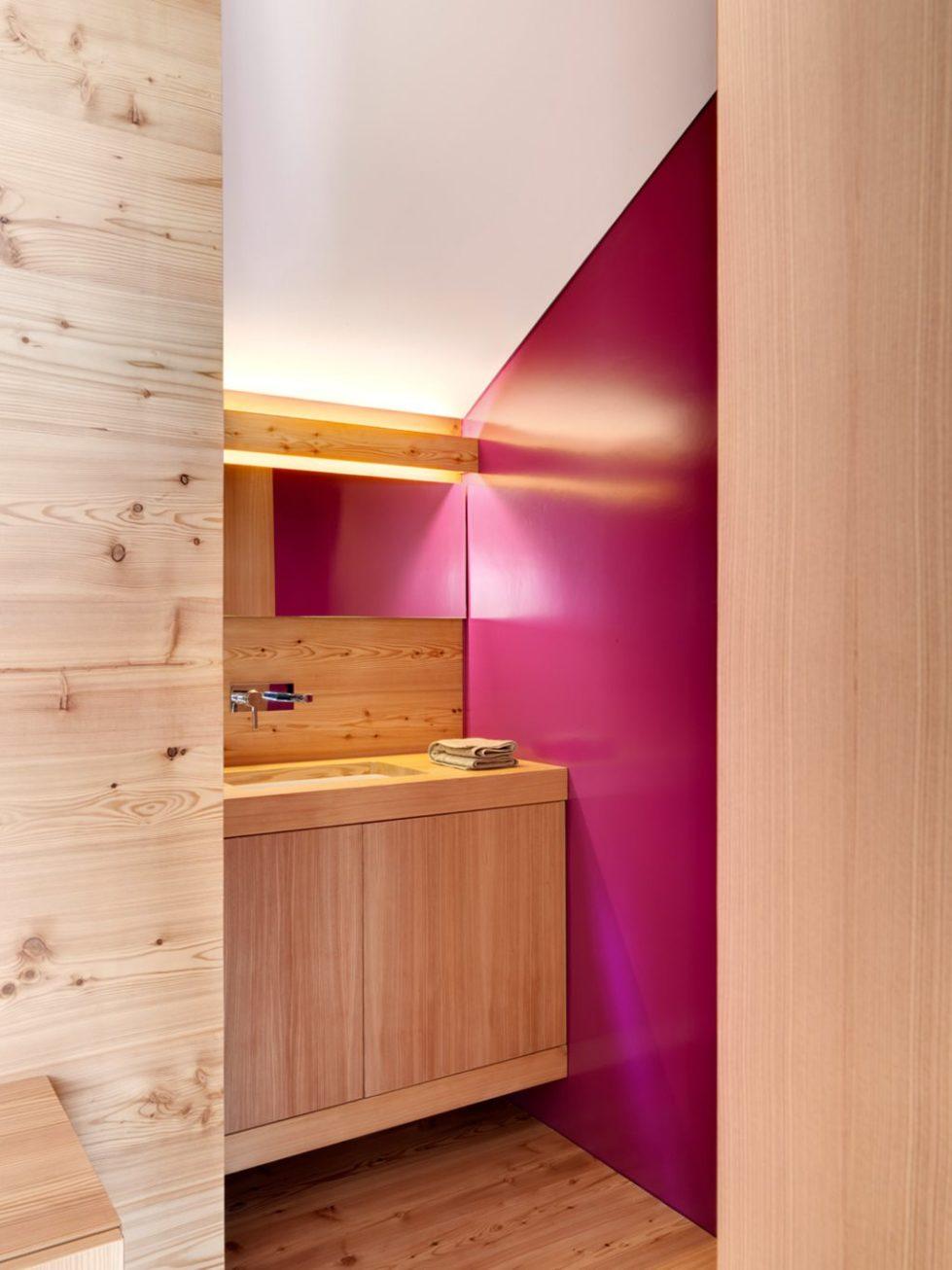 Humble Chalet in Switzerland - Bathroom