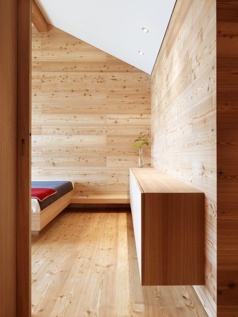 Humble Chalet in Switzerland - Bedroom 3