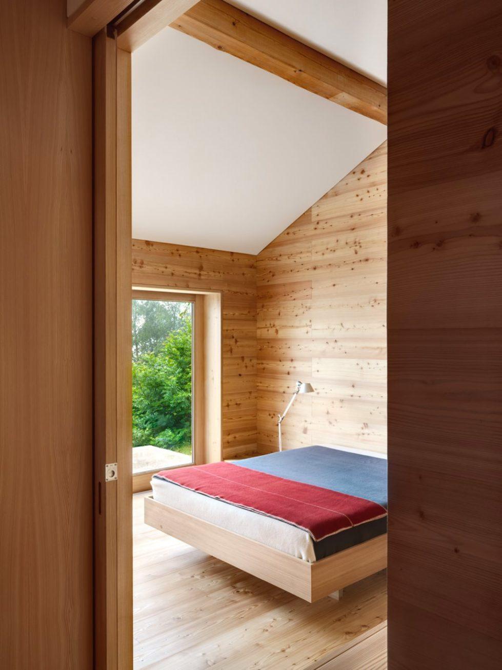 Humble Chalet in Switzerland - Bedroom