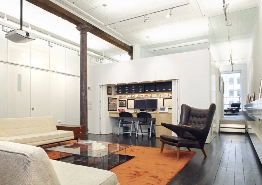 Loft Of 300 square meters in New York - Living room and workplace
