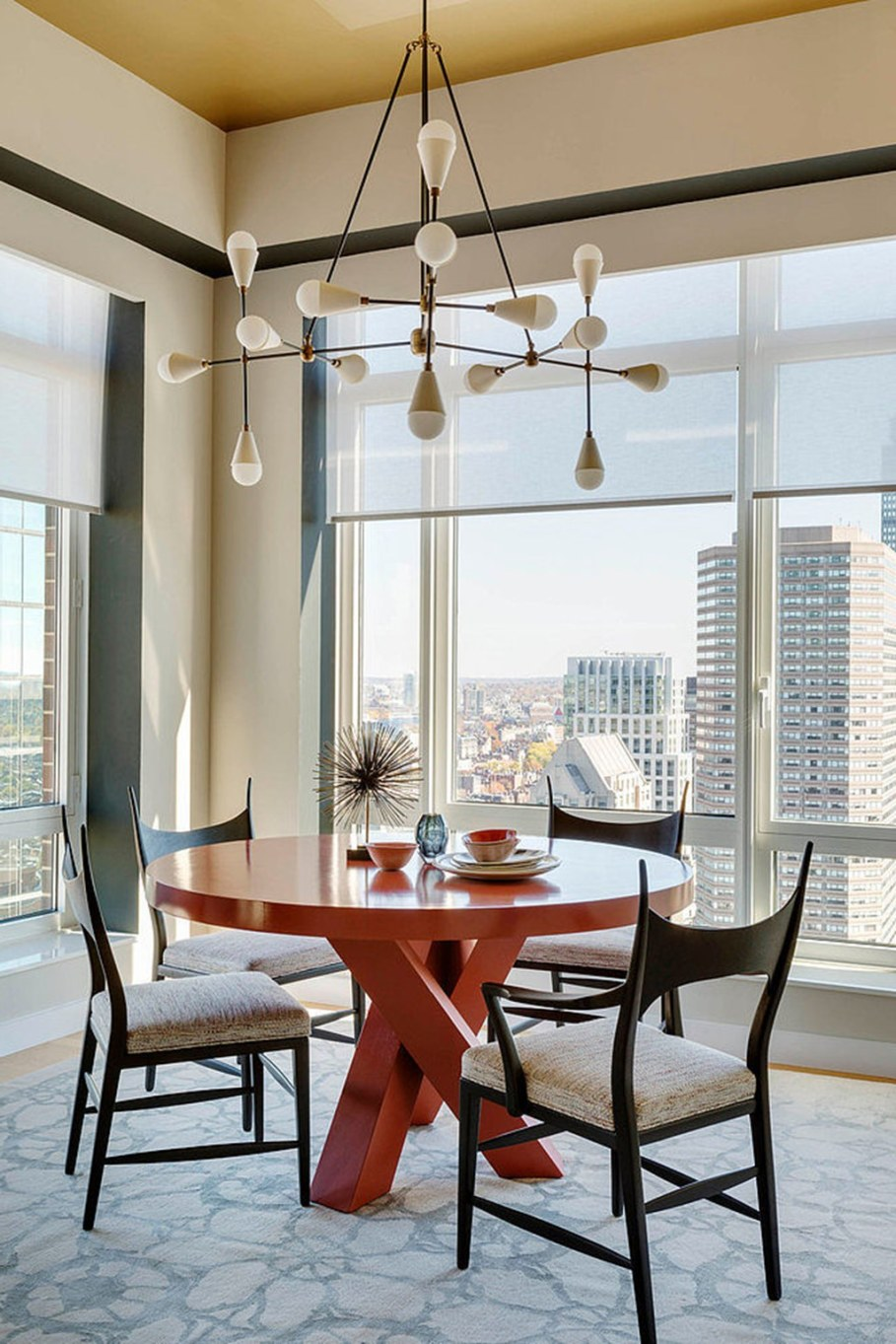 Modern apartment with three bedrooms decorated in eclectic style - Round dining table