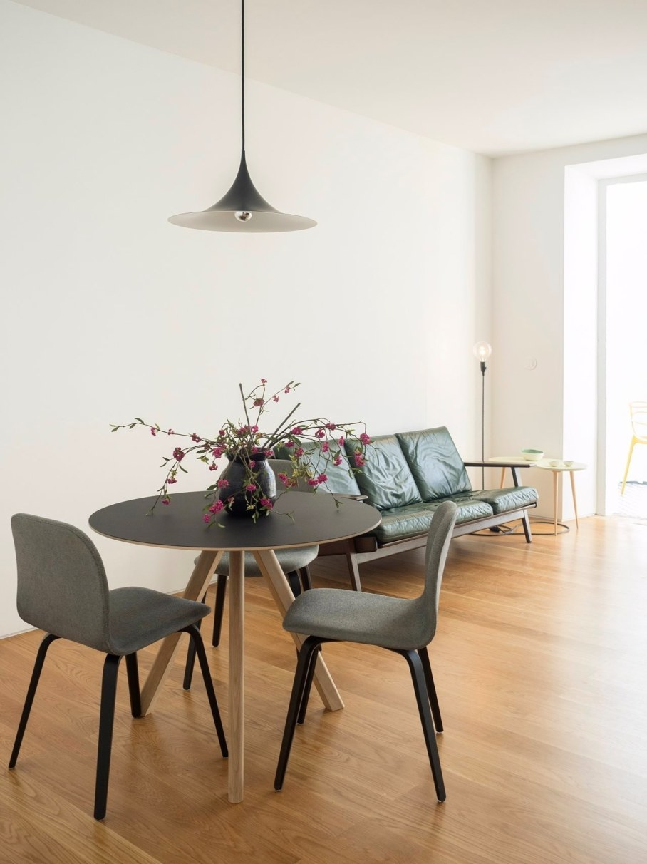 Principe Real Apartment from Fala atelier - Living room 2