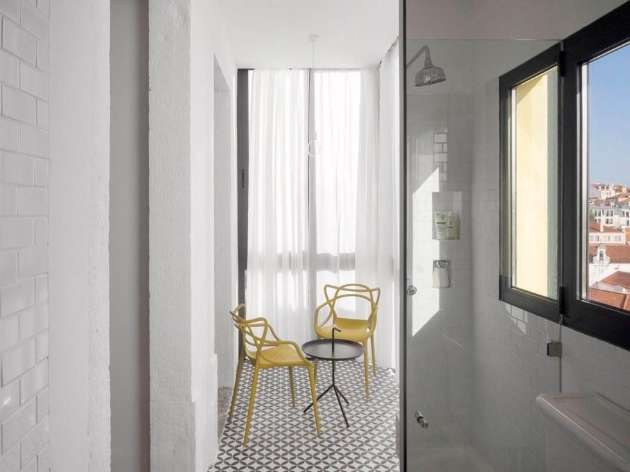 Principe Real Apartment from Fala atelier - bathroom 2