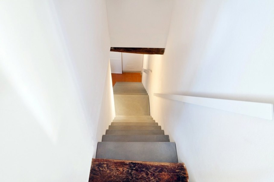 Renovation Of The Former Monastery Building in Tuscany 5
