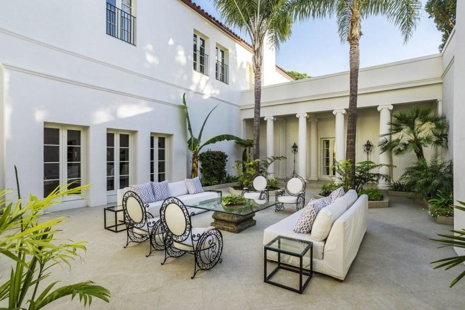 Santa Barbara 'Scarface' Mansion 1
