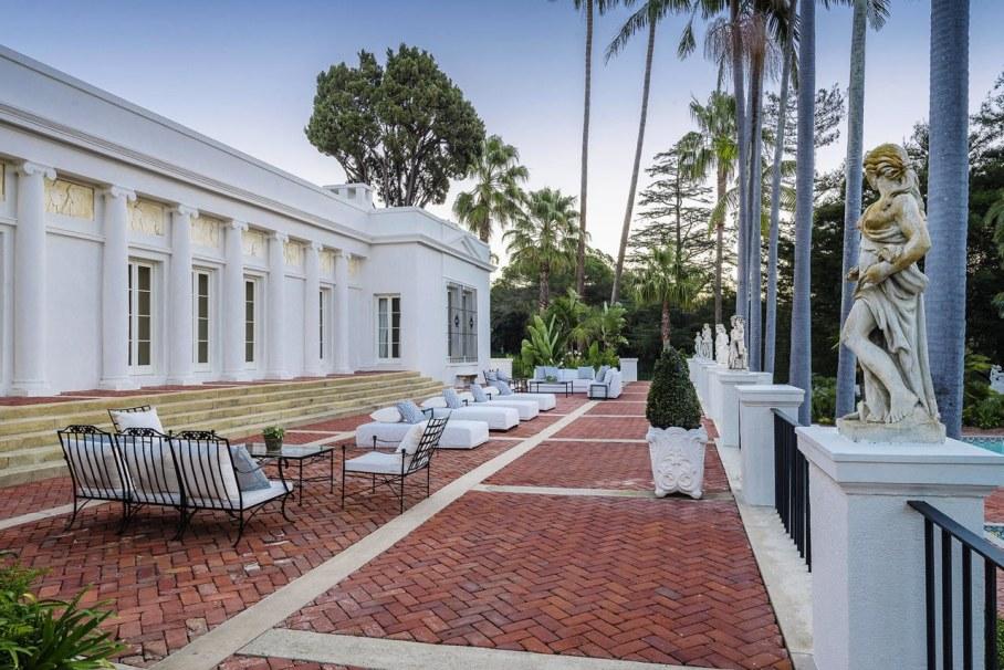 Santa Barbara 'Scarface' Mansion 2