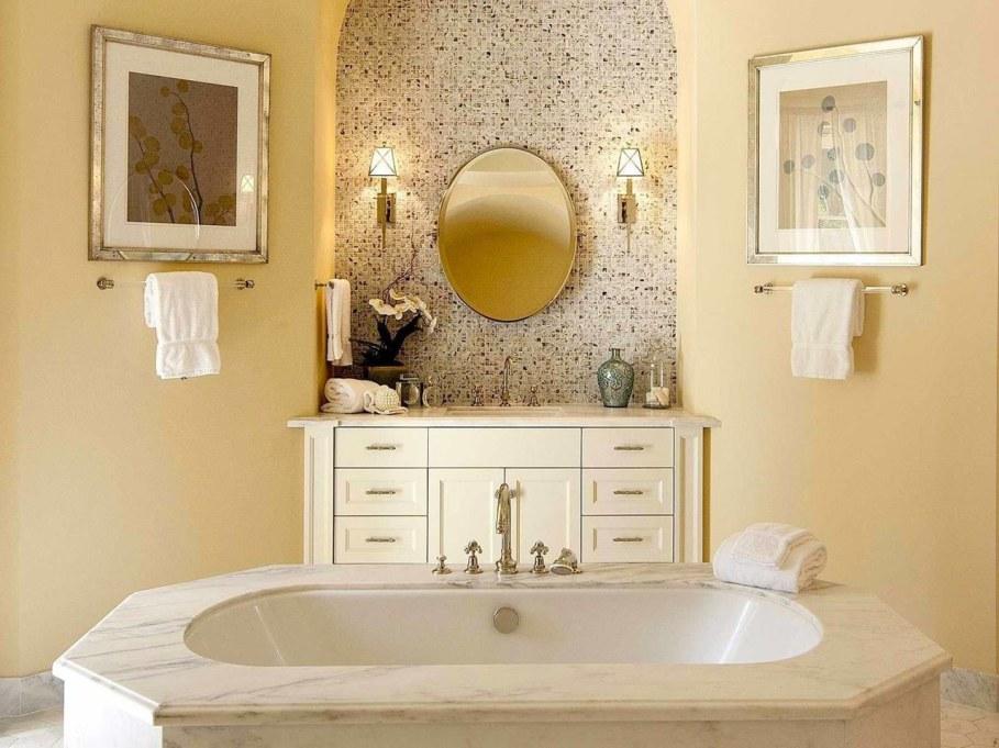 Santa Barbara 'Scarface' Mansion - Bathroom