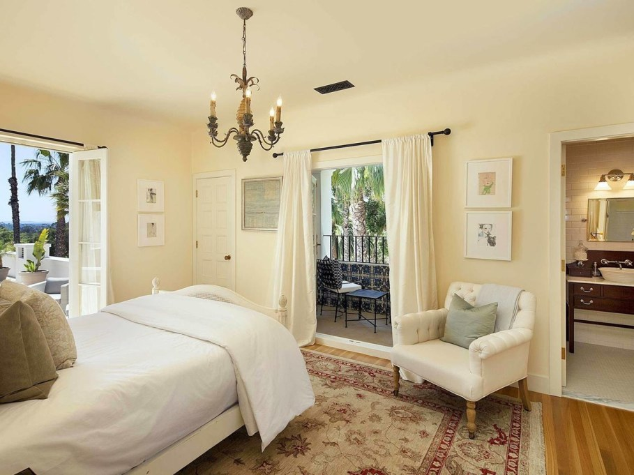 Santa Barbara 'Scarface' Mansion - Bedroom 2