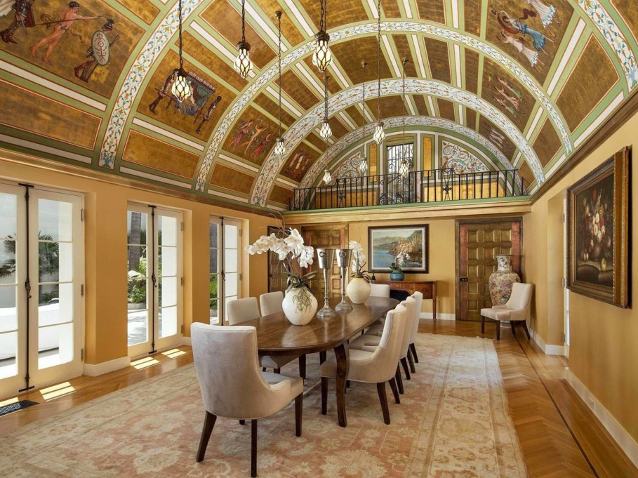Santa Barbara 'Scarface' Mansion - Dining room