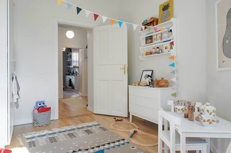 Scandinavian-Styled-Childrens-Room-15