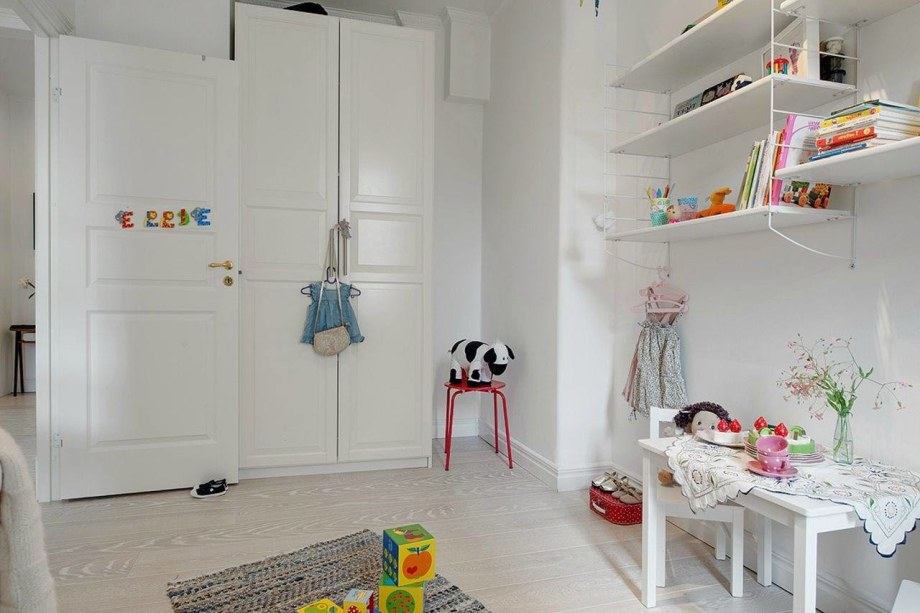 Scandinavian-Styled-Childrens-Room-8