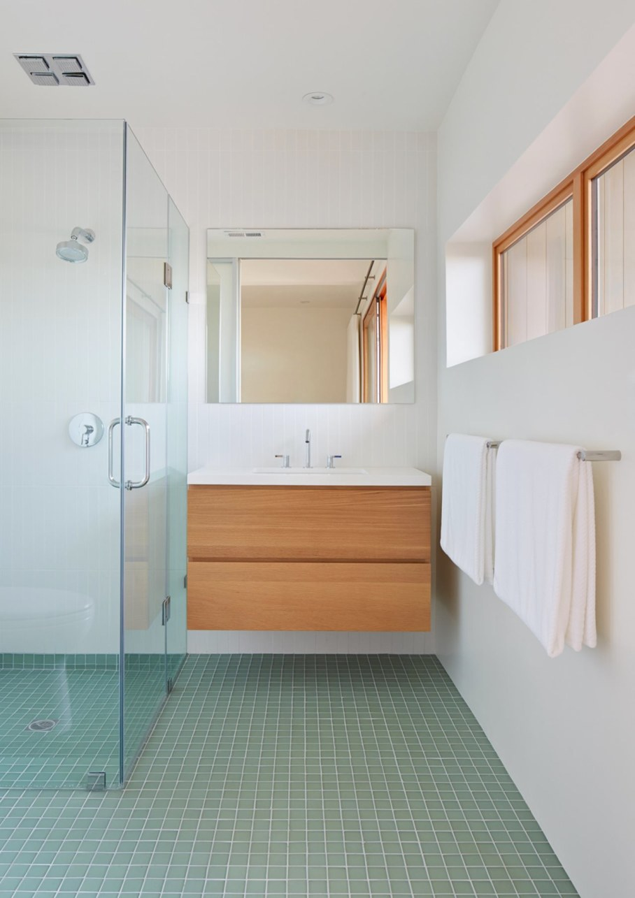The House With A San-Francisco View - Bathroom