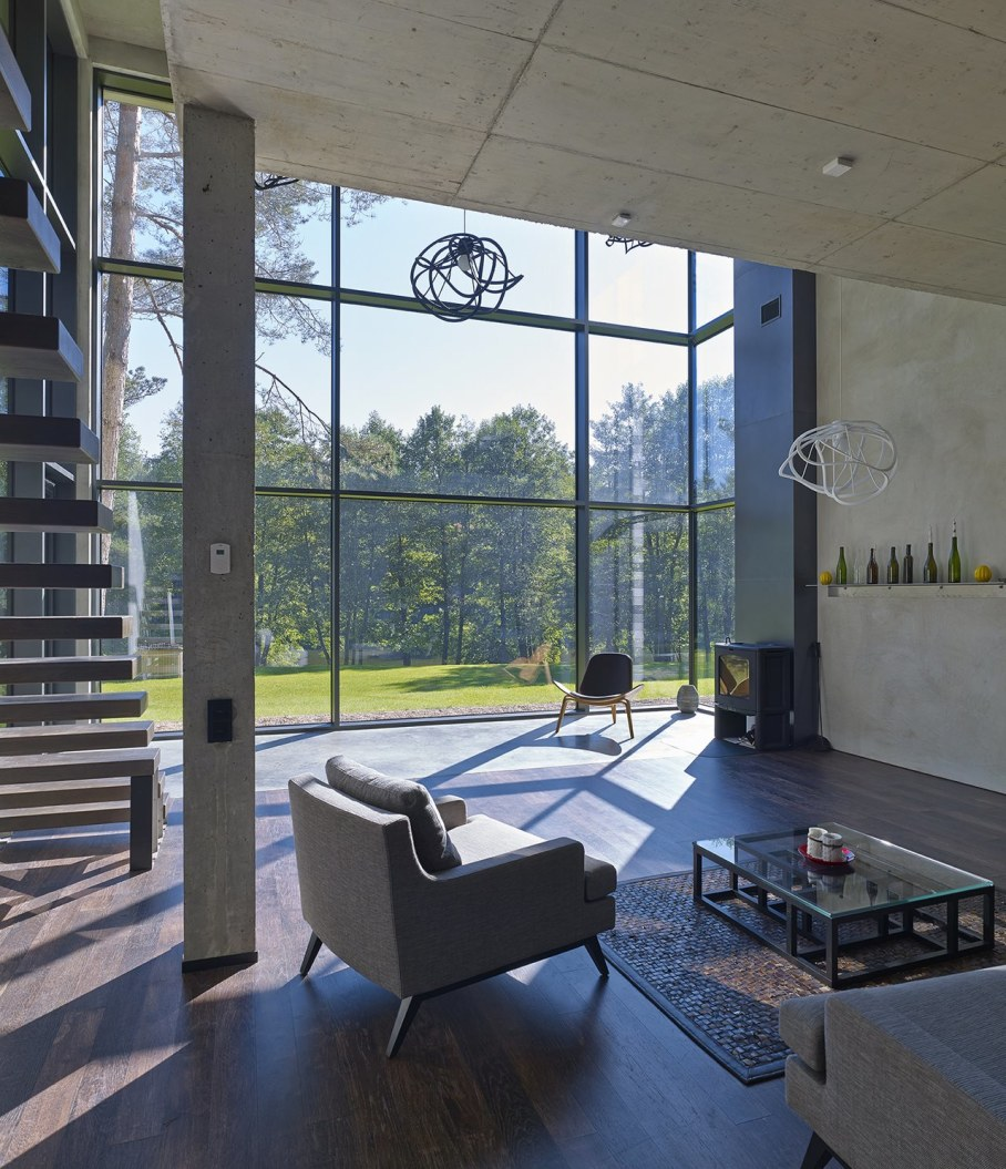The Modern Manor On The River`s Shore At The Suburb of Vilnius - Living room