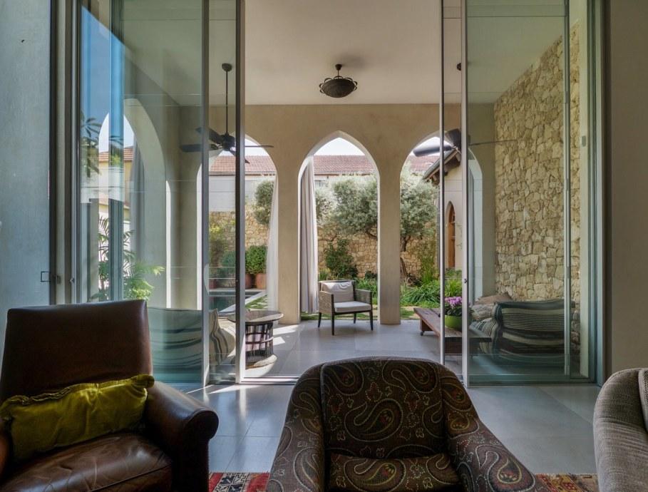 Villa from Witt Architects In Tel-Aviv - Living room