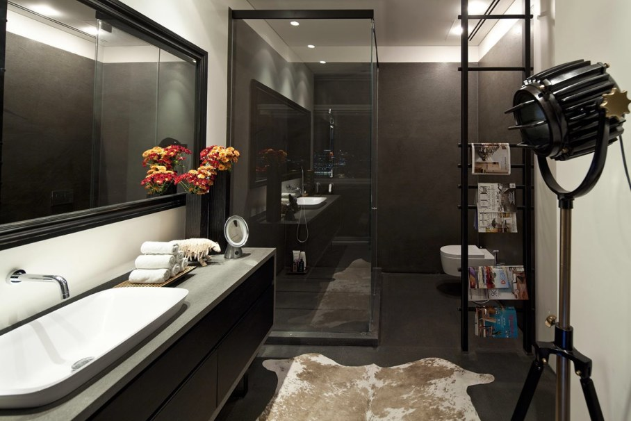 Apartments with panoramic views in Tel Aviv - Bathroom