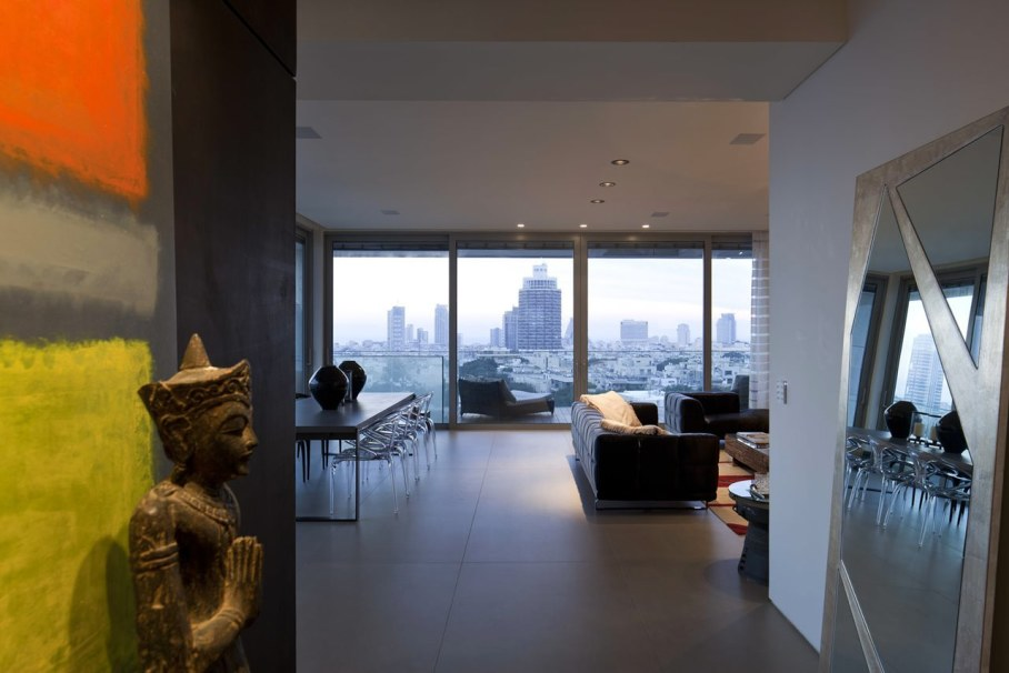 Apartments with panoramic views in Tel Aviv - Living room