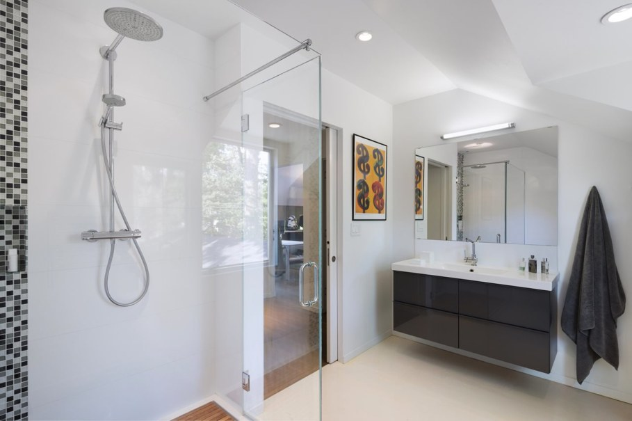 Colonial house from Fougeron Architecture studio - Bathroom