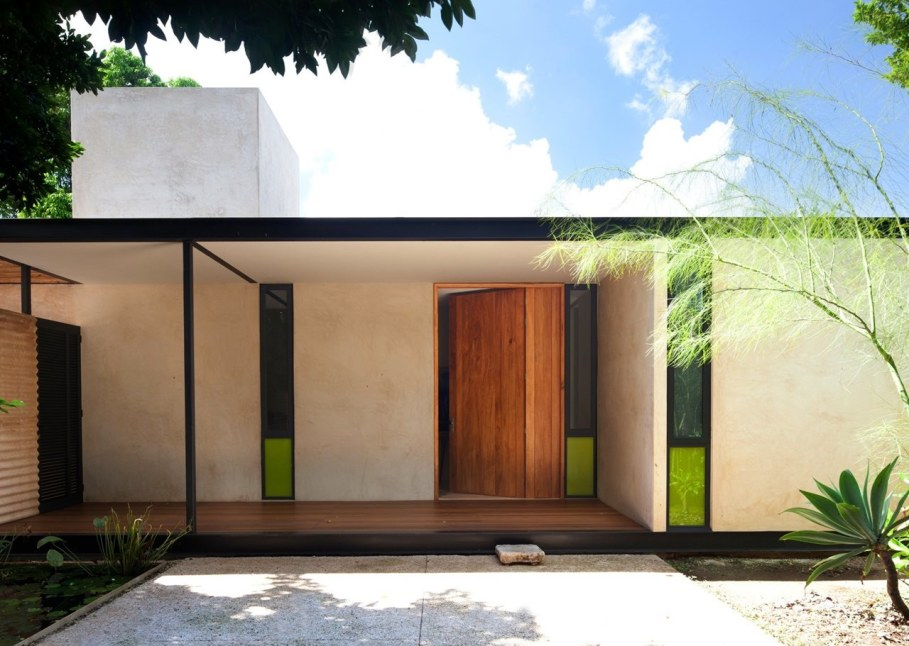 Energy-Saving Itzimna House in Mexico