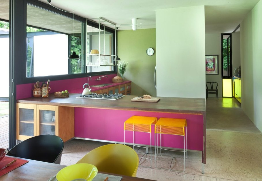 Energy-Saving Itzimna House in Mexico - Kitchen island