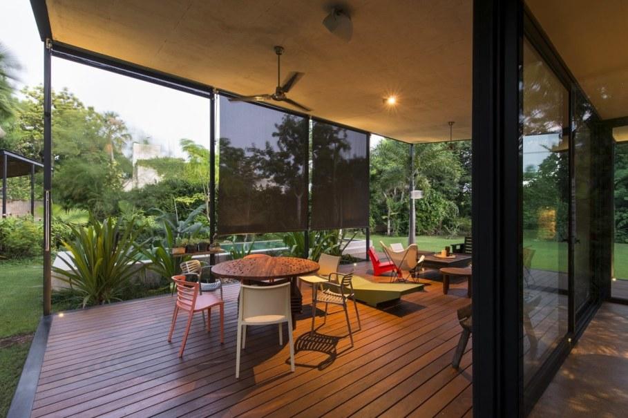 Energy-Saving Itzimna House in Mexico - terrace