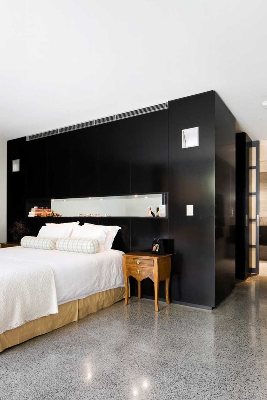 Grand loft house in Australia by Corben Architects studio - Bedroom 2