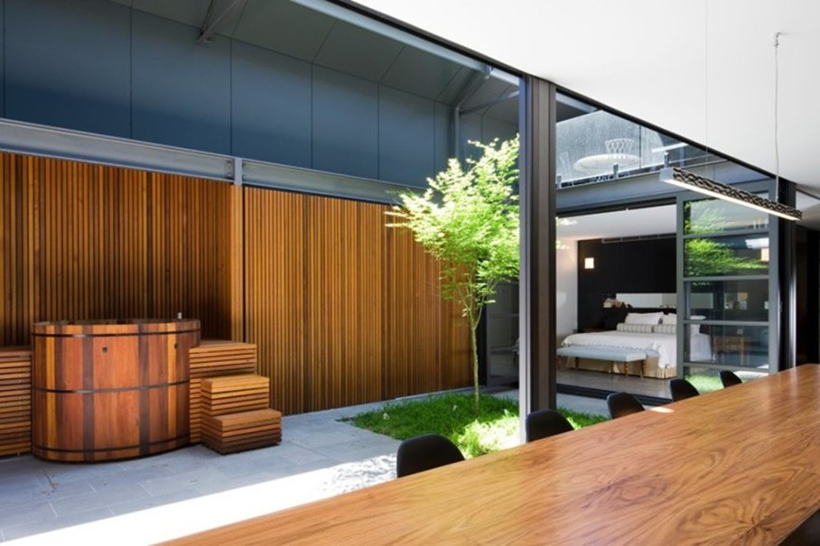 Grand loft house in Australia by Corben Architects studio - Bedroom