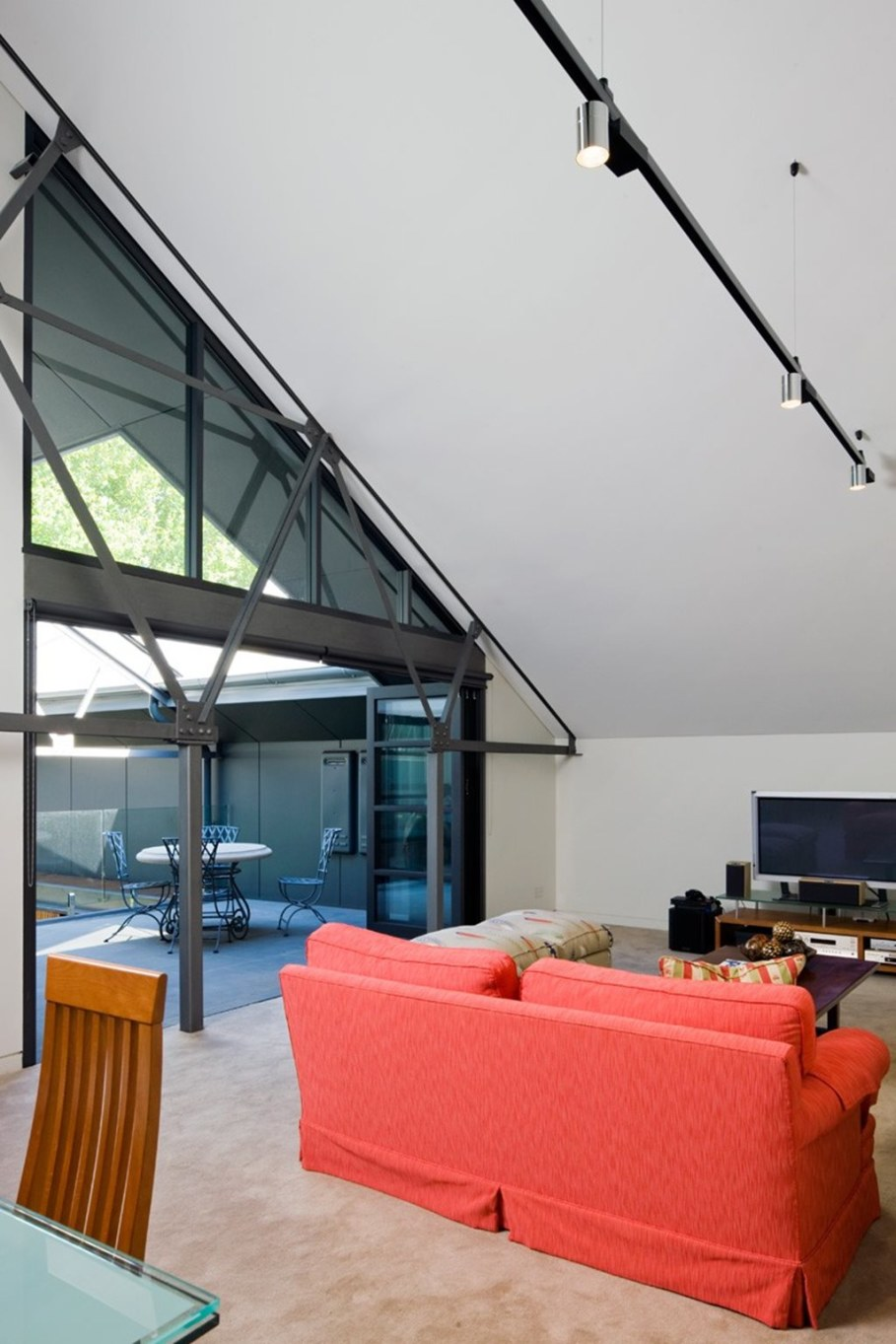 Grand loft house in Australia by Corben Architects studio - Living room 6