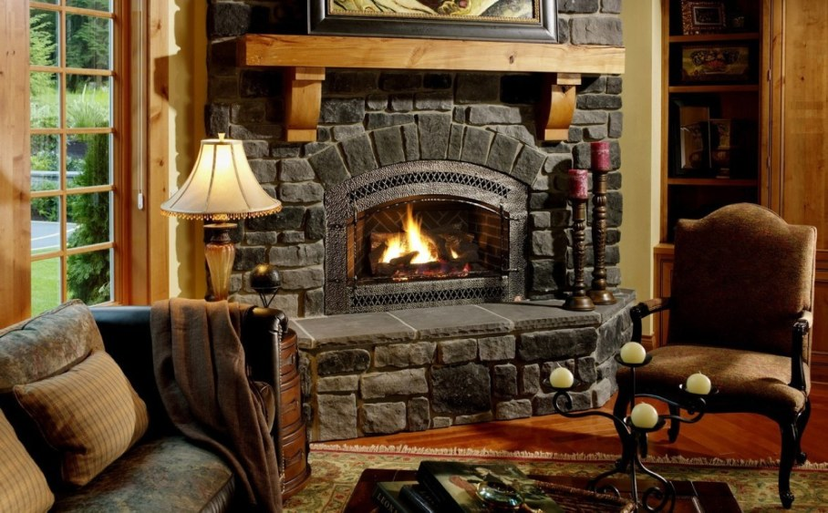 How to decorate the zone around the fireplace - Complement the composition with candles