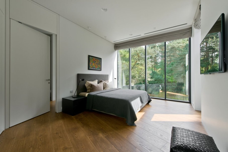 Modern House in Palanga - Bedroom with large bed