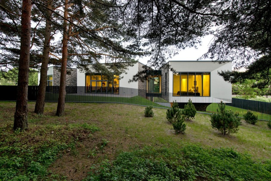 Modern House in Palanga - Side view