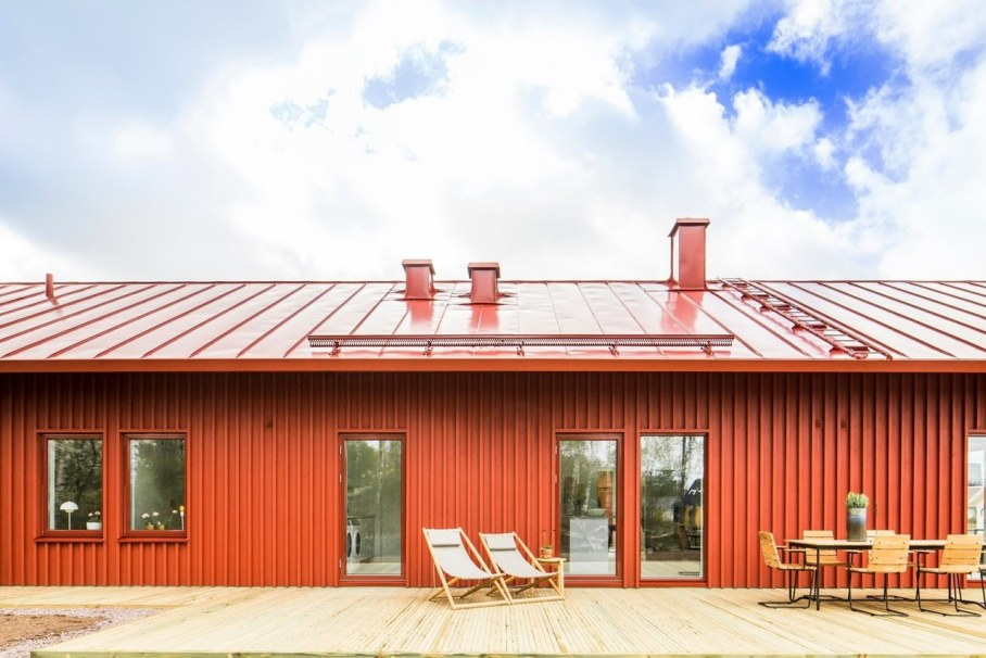 Red House in Swedish style by Thomas Sandell - Red walls and red roof
