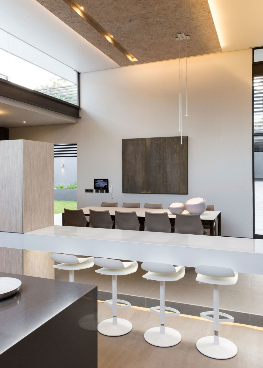 Sar - the luxurious, comfortable and functional private house - dining room