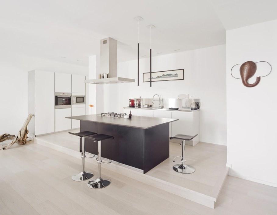 Shining apartment in Genoa - Kitchen island