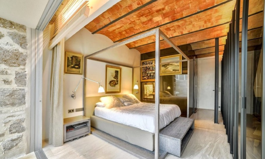 Stylish loft in Spain - Bedroom 2