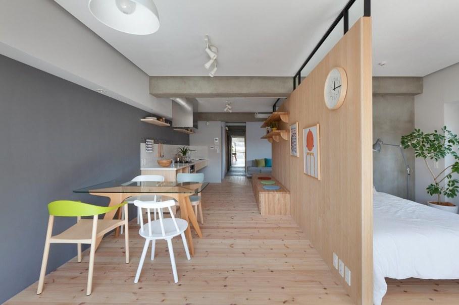 The apartment renovation from a Sinato studio in Yokohama - Dining room