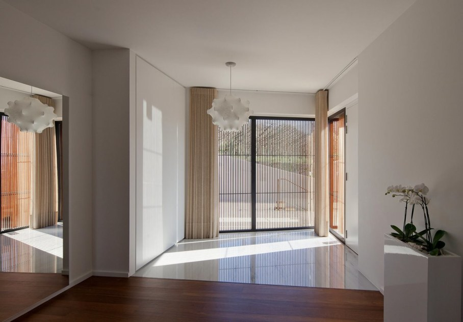 The new house within the walls of an old building - Interior Design ideas