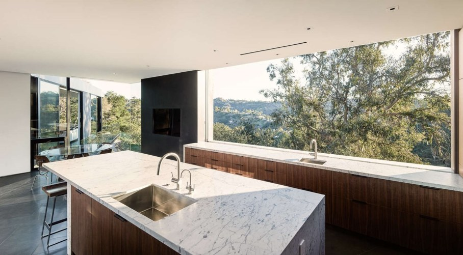The private house Oak Pass in California by Walker Workshop - Kitchen island
