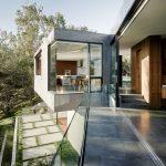 Oak Pass Main House in California by Walker Workshop