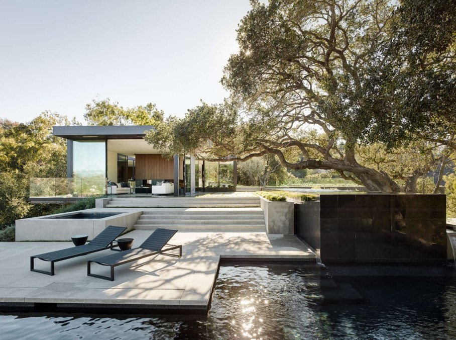 The private house Oak Pass in California by Walker Workshop - Swimming pool 3