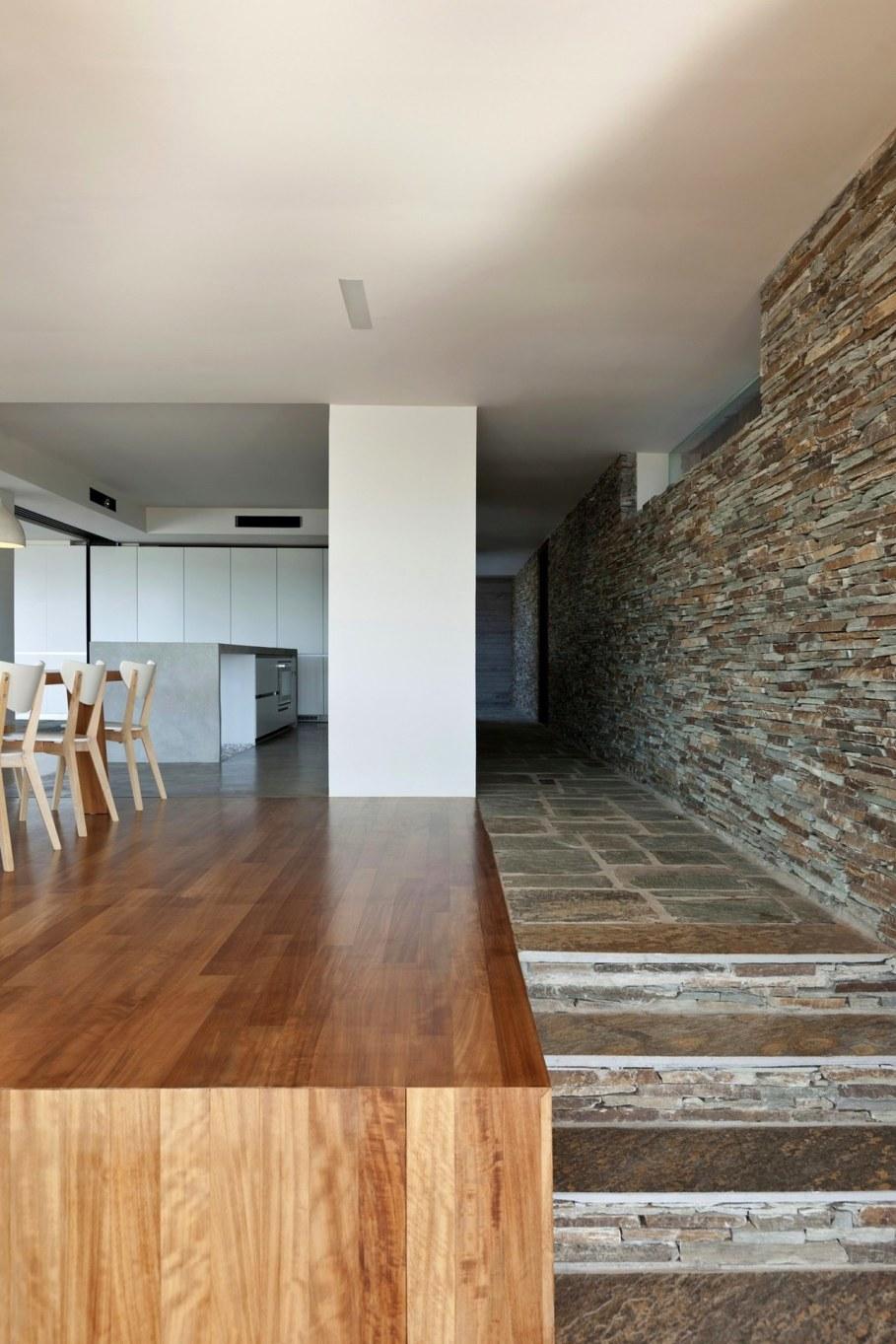 The shining Plane House residence on the Greek island - Kitchen island