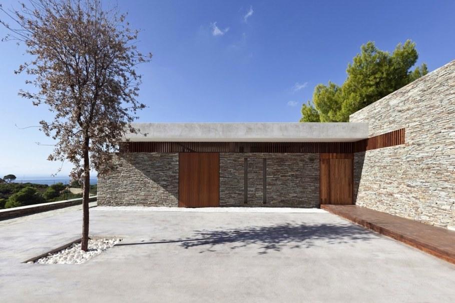The shining Plane House residence on the Greek island - patio 2
