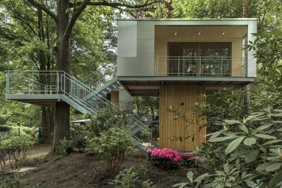 Urban Treehouse by Baumraum - exterior