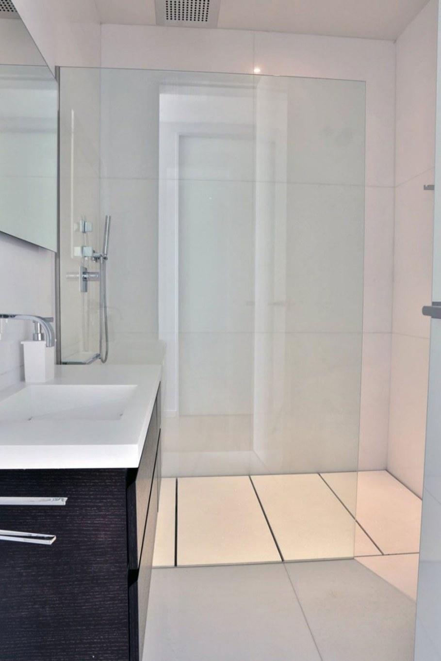 A modern villa in Spain - bathroom 2