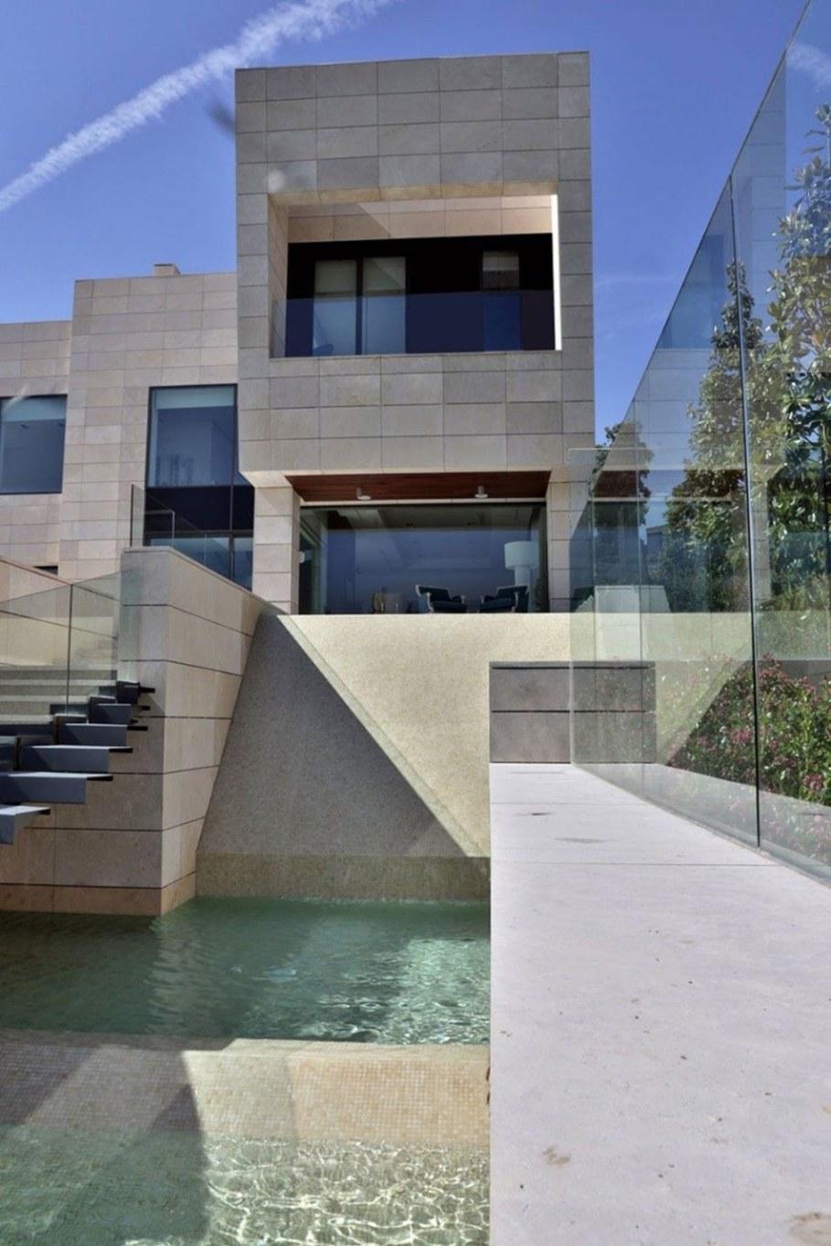 A modern villa in Spain - the main entrance 2