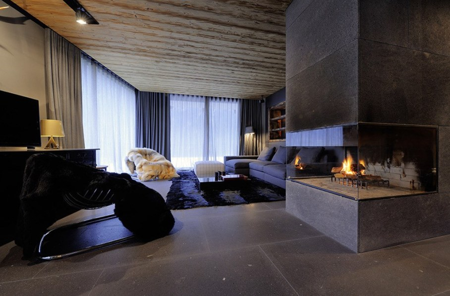 Canelle Chalet On The Stiff Slope In Alps 2
