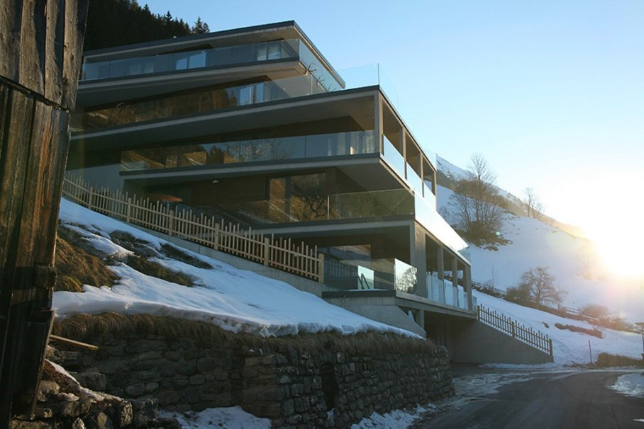Canelle Chalet On The Stiff Slope In Alps 9