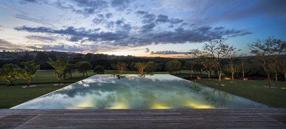 Casa MM house by architects from Studio MK27 in Brazil 11